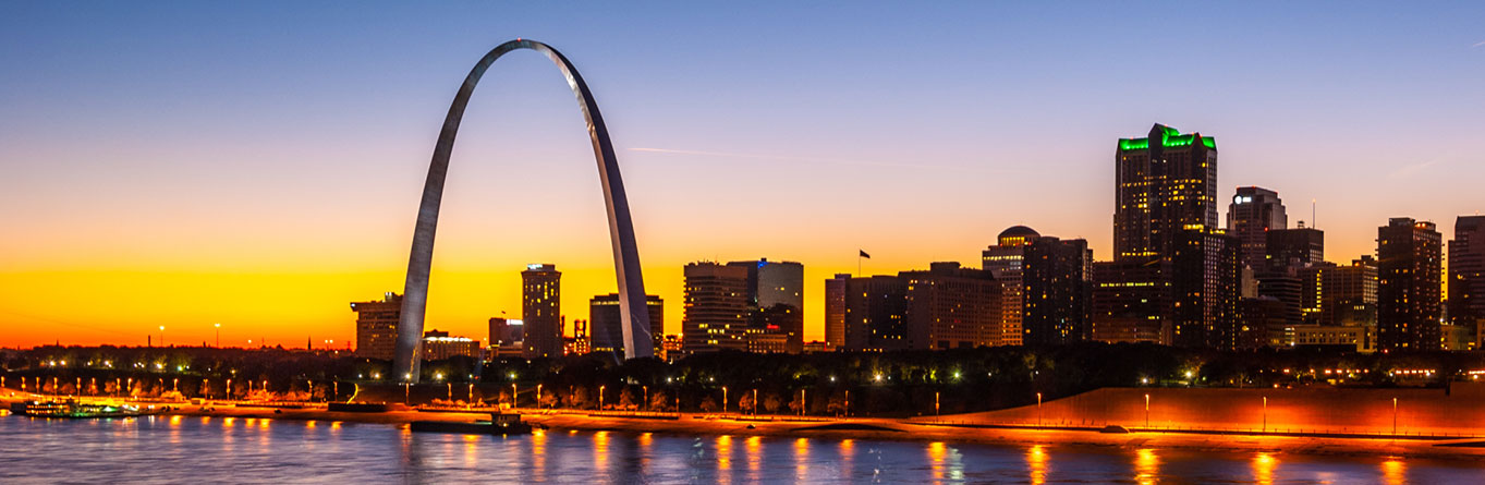 St Louis city skyline and Arch along river
